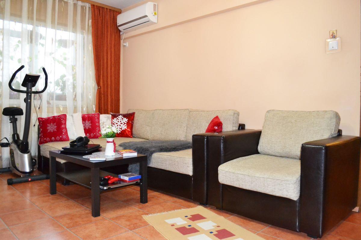 apartament de vanzare 3 camere rahova